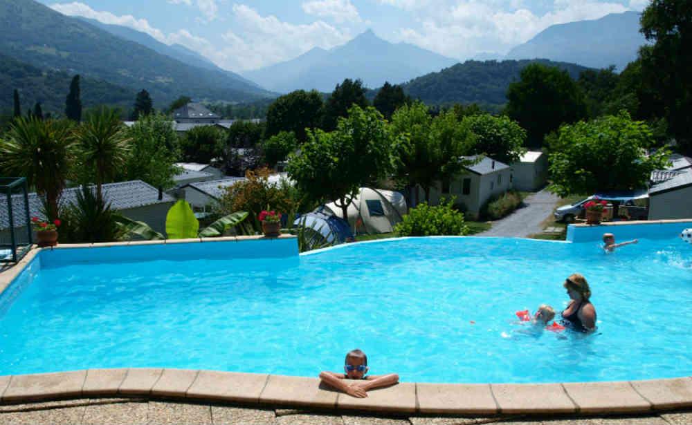 Camping 4 toiles hautes pyr n es proche de lourdes et for Camping haute pyrenees avec piscine